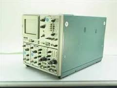 tektronix-7844-scope-mainframe