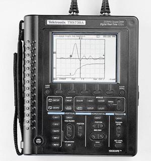 Tektronix THS730A 200 MHz oscilloscope