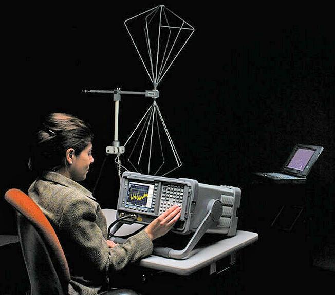 Used Agilent Hp 84115em Emc Preproduction Evaluation System