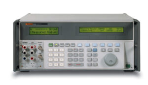 Used Fluke 5520A High Performance Multi-Product Calibrator